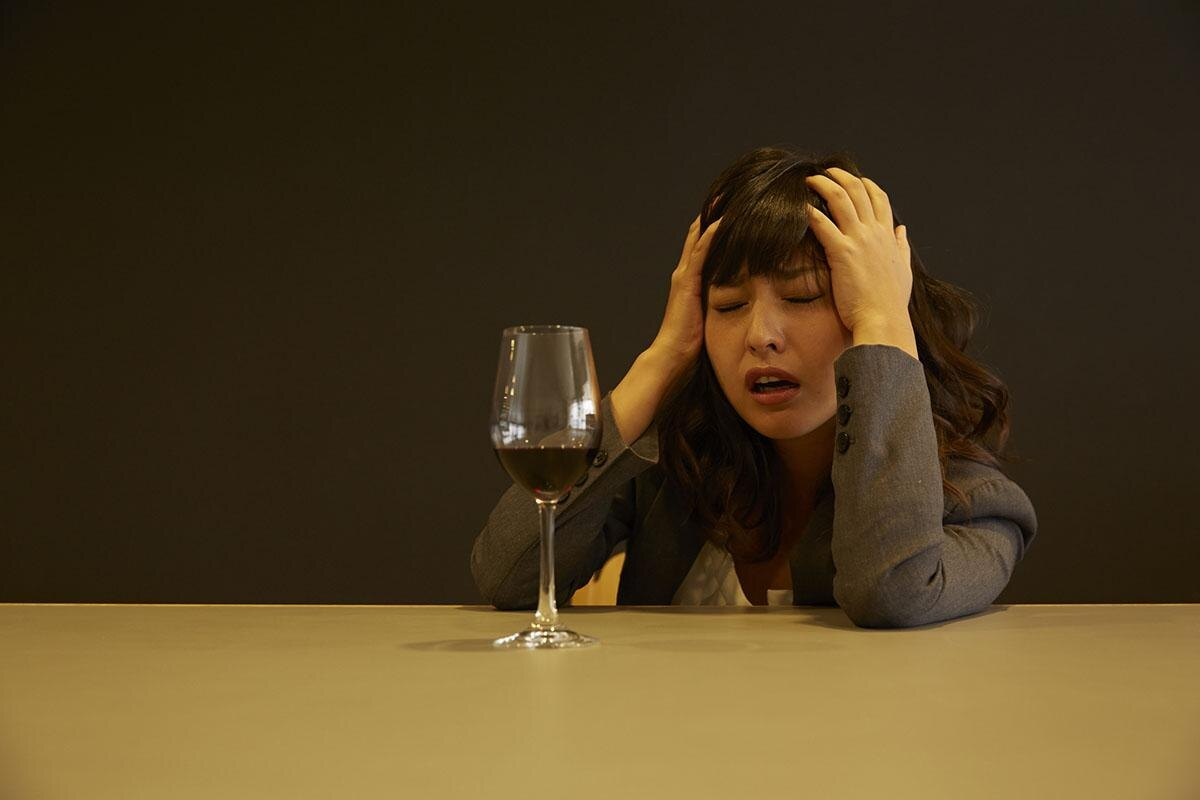 安いワインは悪酔いしやすい!? 実は高くてもワインは悪酔いしやすかった/毎日雑学