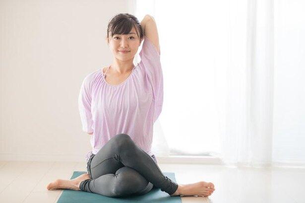 適度なストレッチが何よりの予防に! 肩こりと腰痛の大半は運動不足が原因/毎日雑学1